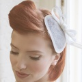 ivory bow headpiece with no veiling