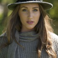 trilby in charcoal mix with black cockerel and jay feather
