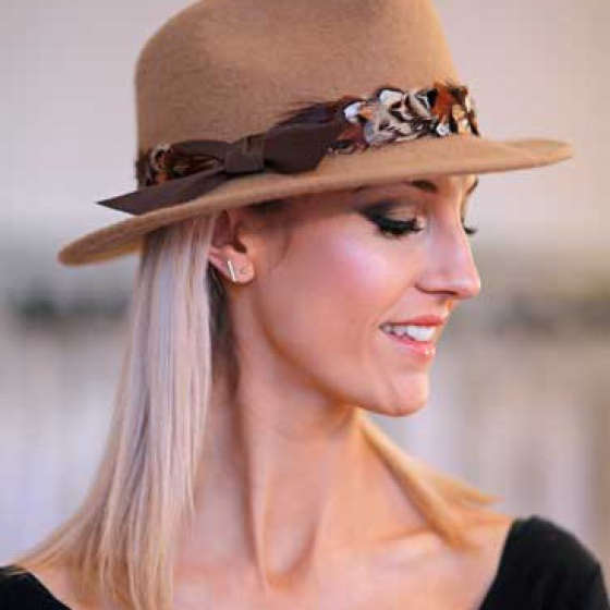 'Mylor Trilby' in camel with customisable ribbons