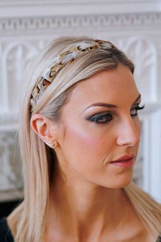 'Gwenva' narrow gold and ivory feather headband