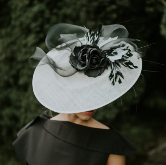 large disk hat for weddings or the races