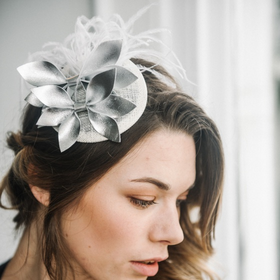 'Thea-Josaphine' Silver leather cocktail hat
