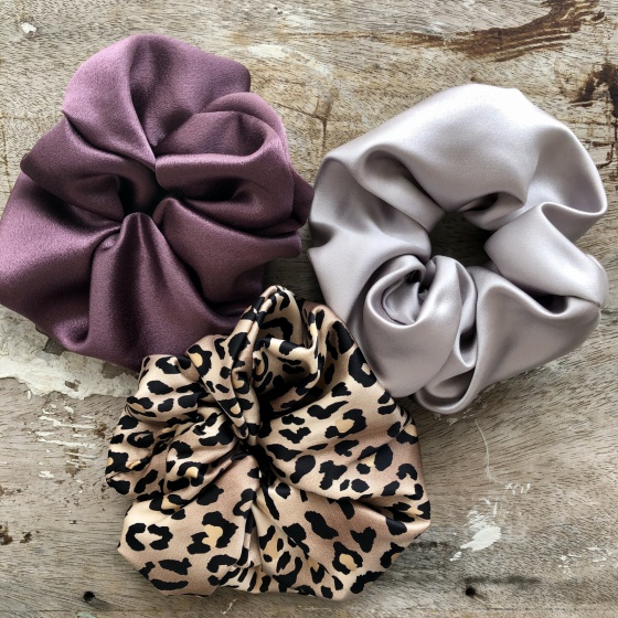 'Nacre' large satin scrunchies