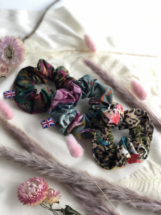 'Silva' cotton print scrunchies