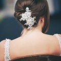 pretty-ivory-lace-comb