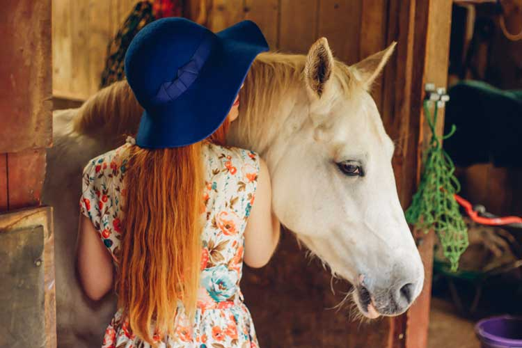 Floppy hat in royal blue with royal blue ribbon