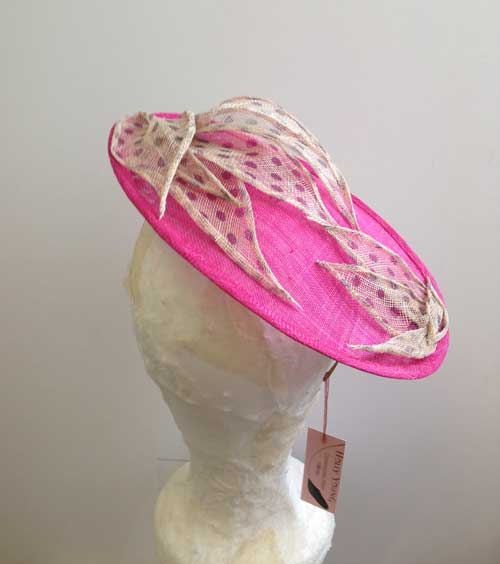 ladies pink hat for races